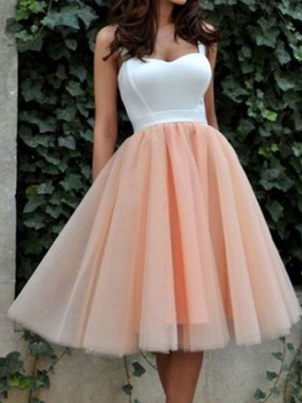 A-Line Sleeveless Sweetheart Tulle Knee-Length Evening Dress