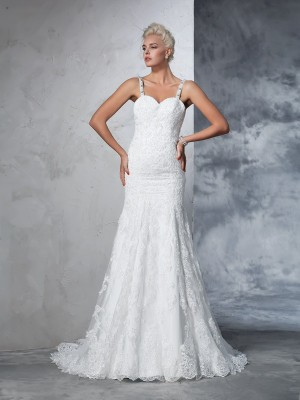 Mermaid Spaghetti Straps Sleeveless Lace Chapel Train Wedding Dresses