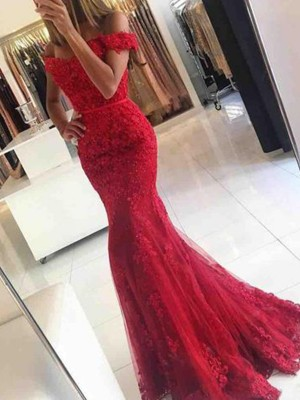 Trumpet/Mermaid Sleeveless Sweep/Brush Train Off-the-Shoulder Tulle Applique Dress