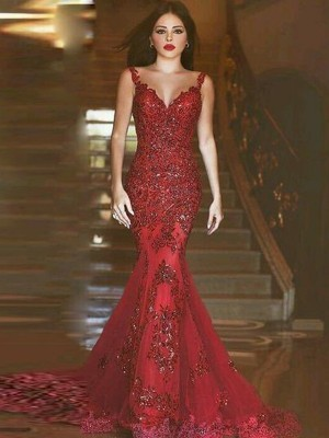 Mermaid V-neck Sweep/Brush Train Applique Tulle Formal Wear