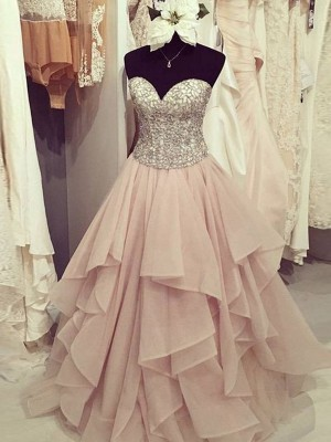 A-Line Sweetheart Floor-Length Beading Chiffon Formal Gown