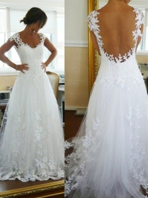 Princess V-neck Sweep/Brush Train Lace Sleeveless Tulle Bridal Gowns