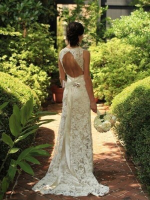 Column Sleeveless Lace V-neck Sweep/Brush Train Wedding Gown