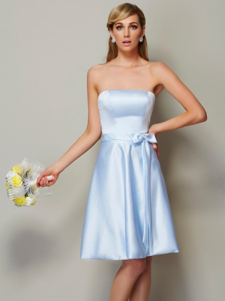 A Line Princess Strapless bowknot Knee Length Satin Bridesmaid Gown