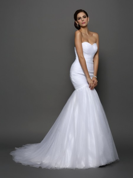 Mermaid Sweetheart Net Pleats Court Train Wedding Gown