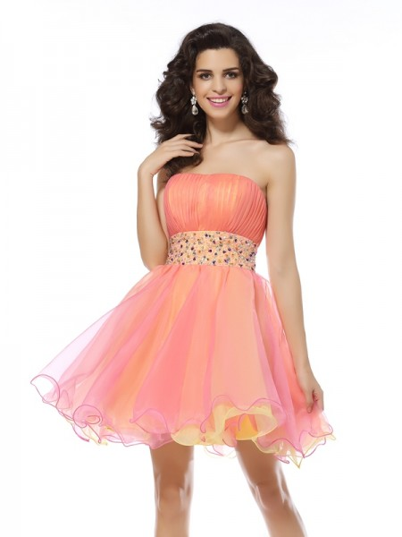 A-Line Strapless Organza Short Beading Party Dress