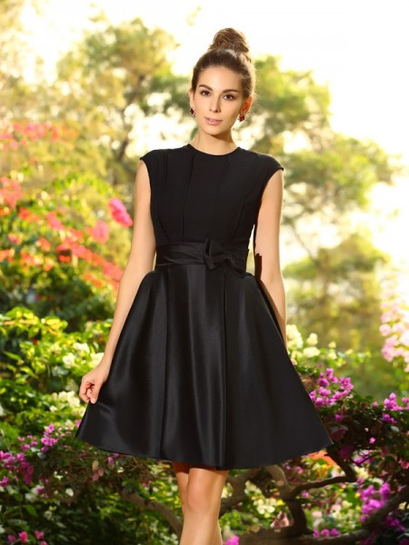A-Line High Neck Knee-Length Bowknot Satin Bridesmaid Gown