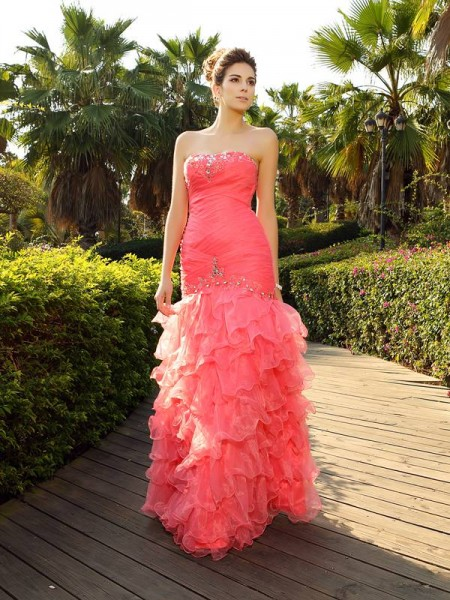 Mermaid Strapless Floor-Length Beading Organza Prom Gown