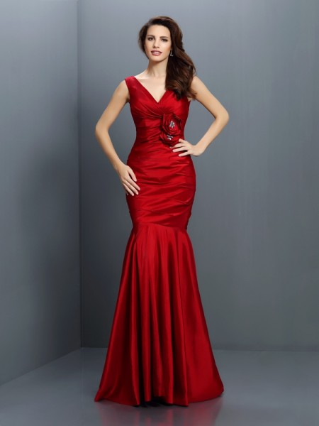 Mermaid V-neck Hand-Made Flower Floor-Length Taffeta Dresses For Bridesmaid