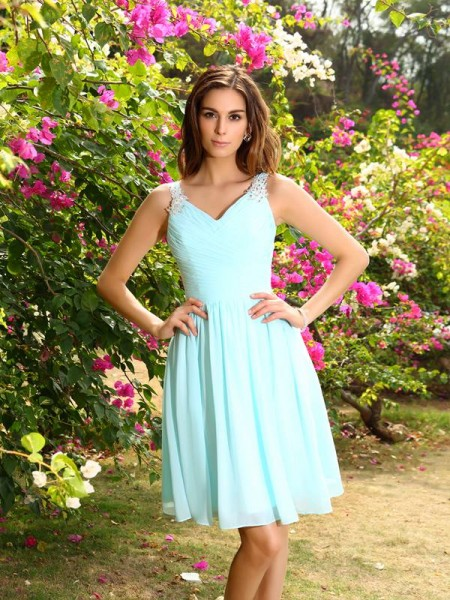 A-Line Straps Chiffon Ruched Knee-Length Dresses For Bridesmaid