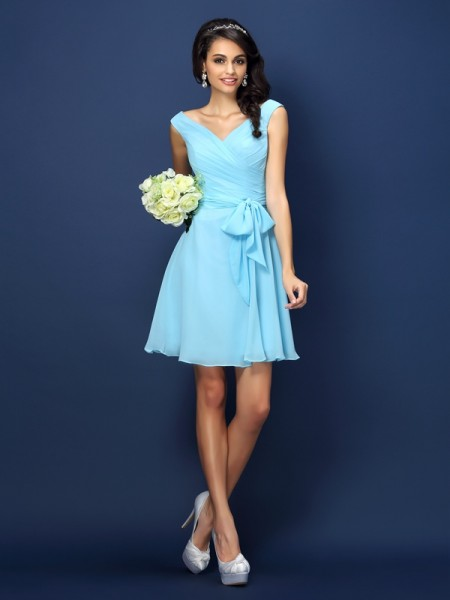 A-Line V-neck Pleats Bowknot Short Chiffon Dresses For Bridesmaid