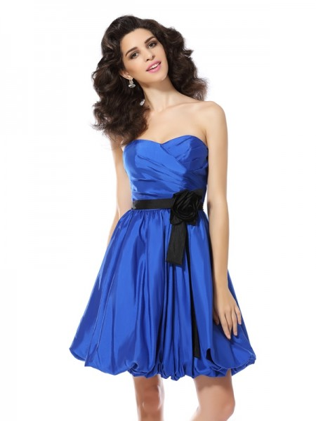 A-Line Sweetheart Hand-Made Flower Short Taffeta Dresses