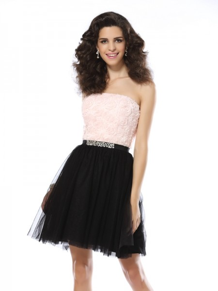 A-Line Strapless Short Tulle Dresses