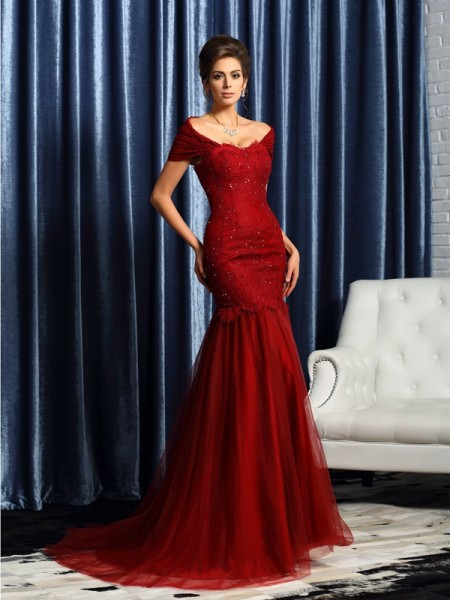 Mermaid Short Sleeves Off-the-Shoulder Satin Beading Sweep/Brush Train Mother of the Groom Dress
