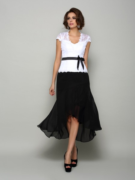 A-Line Chiffon V-neck Asymmetrical Sash/Ribbon/Belt Mother of the Groom Dress