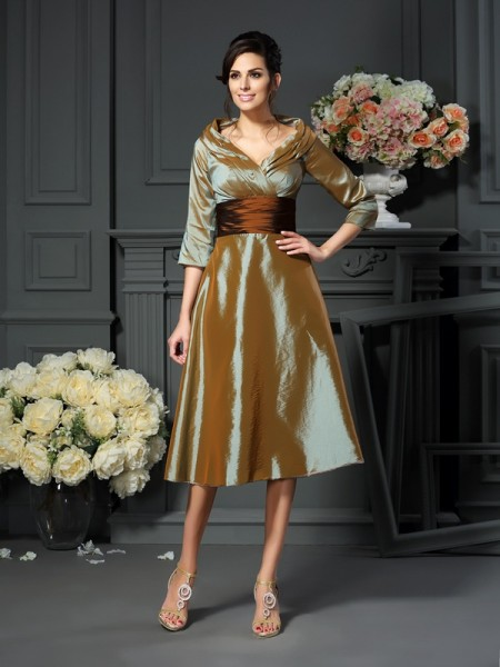 A-Line 3/4 Sleeves V-neck Taffeta Tea-Length Mother of the Bride Dress