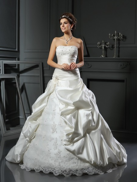 Ball Gown Sweetheart Beading Applique Sleeveless Court Train Satin Bridal Dress