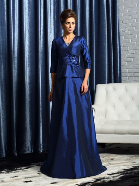 A-Line/Princess V-neck Beading 1/2 Sleeves Floor-Length Taffeta Mother of the Bride Dress
