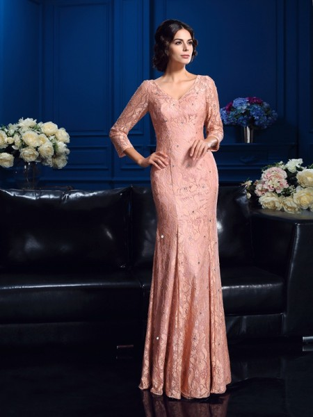 Sheath/Column V-neck Beading 3/4 Sleeves Lace Mother of the Bride Dress
