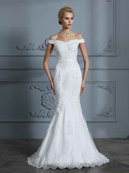 Trumpet/Mermaid Tulle Off-the-Shoulder Sweep/Brush Train Wedding Dress