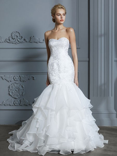 Trumpet/Mermaid Organza Sweetheart Sweep/Brush Train Ruffles Wedding Dress