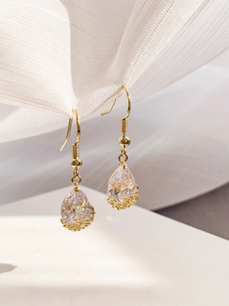 Pretty Rhinestone With Water Drop Earrings
