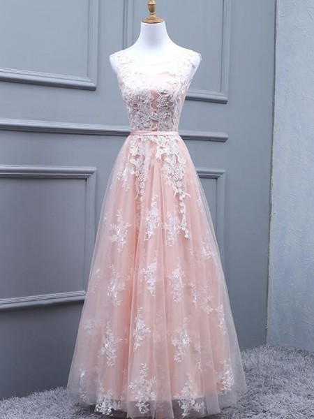 A-Line/Princess Tulle Scoop Sleeveless Long Applique Dresses