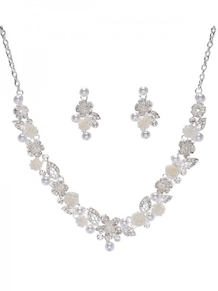 Trending Alloy With Pearl Wedding Bridal Jewelry Set
