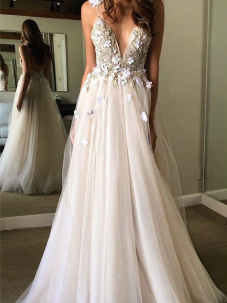 A-Line/Princess Tulle Beading V-neck Sleeveless Floor-Length Wedding Dresses
