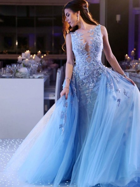 Ball Gown Sleeveless Scoop Sweep/Brush Train Applique Tulle Dress