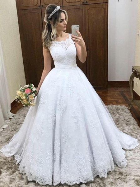 Ball Gown Scoop Sleeveless Lace Sweep/Brush Train Satin Wedding Dress