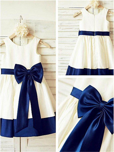 A-line/Princess Scoop Sleeveless Bowknot Knee-Length Taffeta Flower Girl Dresses