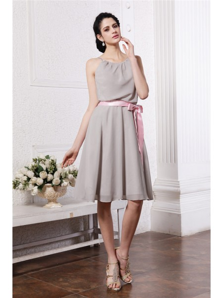 Sheath/Column Scoop Sash Short Chiffon Bridesmaid Dress