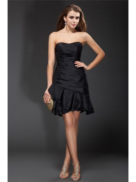 A-Line/Princess Strapless Ruffles Taffeta Cocktail Dress