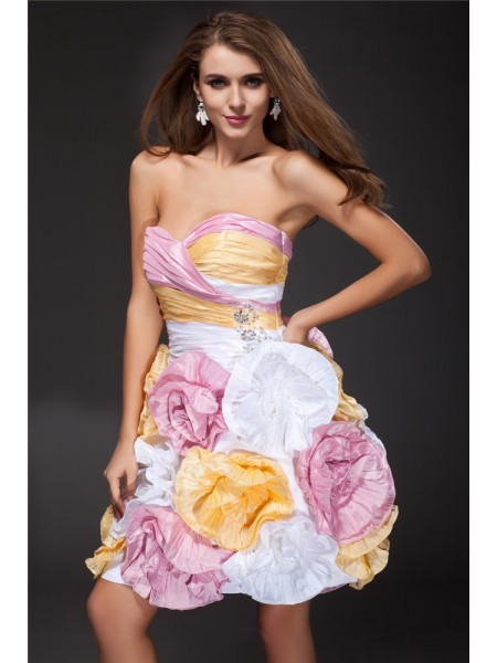 A-Line/Princess Sweetheart Ruffles Taffeta Cocktail Dress