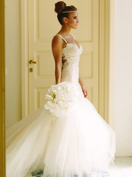 Trumpet/Mermaid Court Train Sleeveless Sweetheart Spaghetti Straps Applique Lace Tulle Wedding Dresses