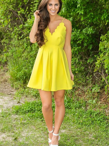 A-Line/Princess V-neck Satin Short/Mini Dress