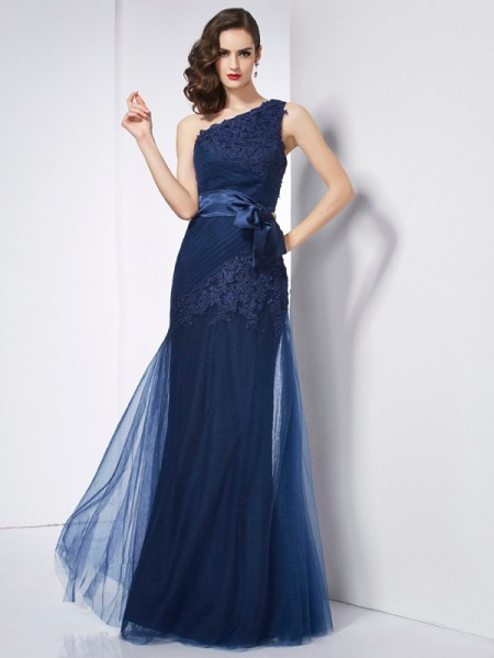 A Line One Shoulder Applique Organza Evening Wear