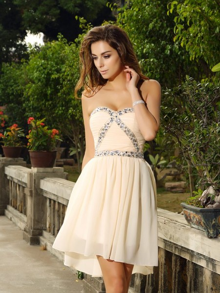 A-Line Sweetheart Chiffon Beading Mini Gown
