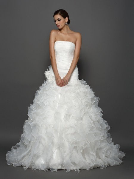 Ball Gown Strapless Organza Cathedral Train Hand-Made Flower Bridal Dress