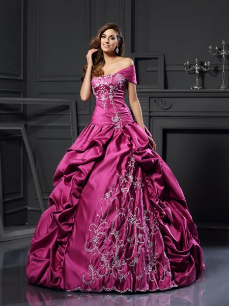 Ball Gown Sweetheart Satin Applique Floor-Length Party Dresses