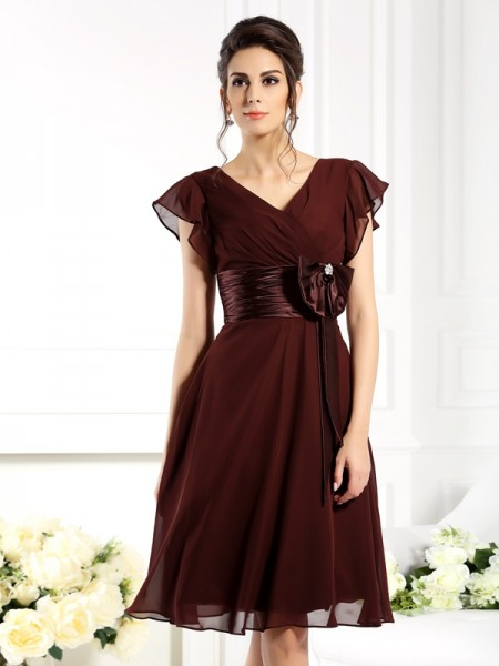 A-Line V-neck Short Sleeves Bowknot Knee-Length Chiffon Dresses For Bridesmaid