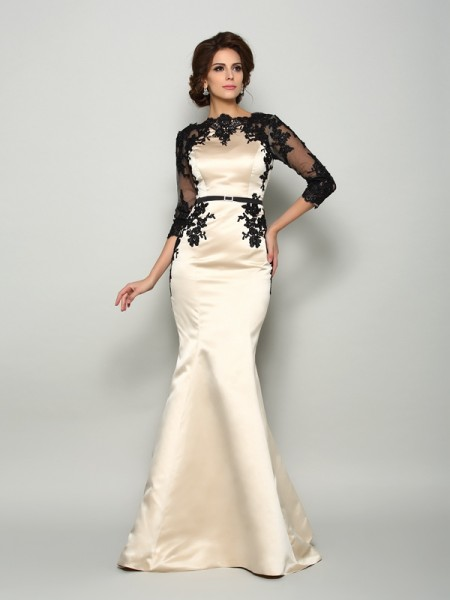 Trumpet/Mermaid Bateau Lace 1/2 Sleeves Court Train Satin Mother of the Bride Dress