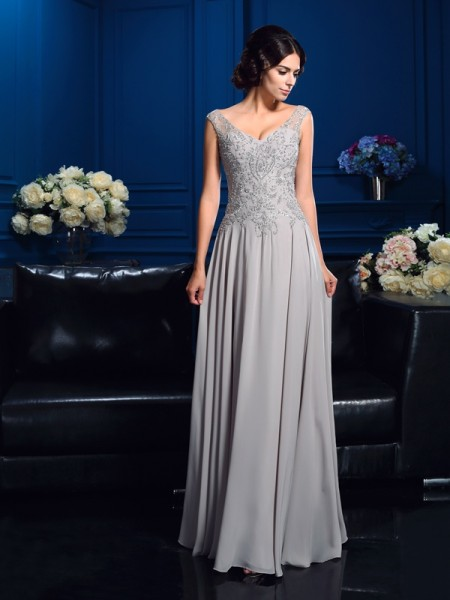 A-Line/Princess V-neck Beading Chiffon Mother of the Bride Dress