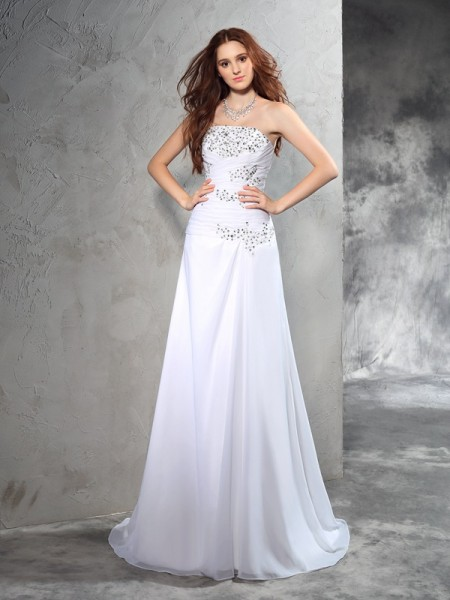 Sheath/Column Strapless Beading Chiffon Wedding Dress