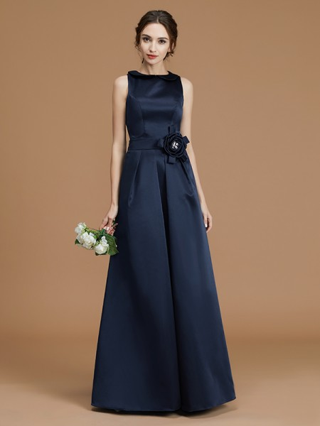 A-Line/Princess Bateau Floor-Length Hand-Made Flower Satin Bridesmaid Dress