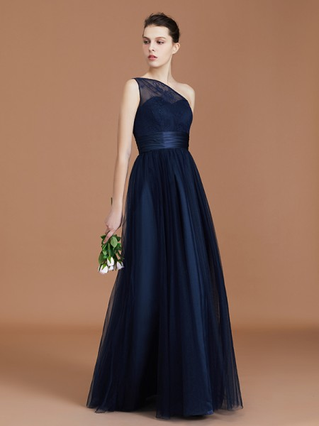 A-Line/Princess One-Shoulder Tulle Floor-Length Bridesmaid Dress