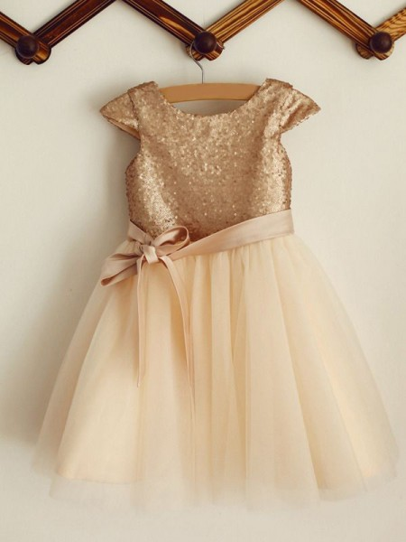 A-Line/Princess Sequin Tulle Sleeveless Scoop Knee-Length Flower Girl Dresses