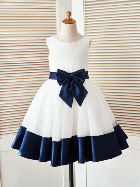A-Line/Princess Knee-Length Scoop Bowknot Sleeveless Satin Flower Girl Dresses