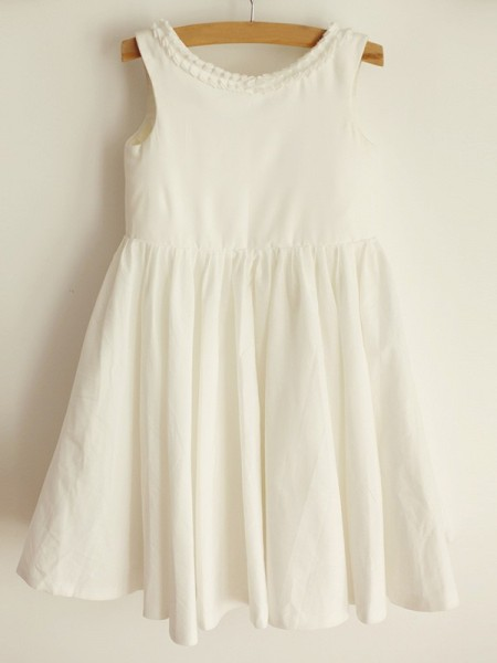 A-Line/Princess Scoop Ruffles Sleeveless Spandex Knee-Length Flower Girl Dresses